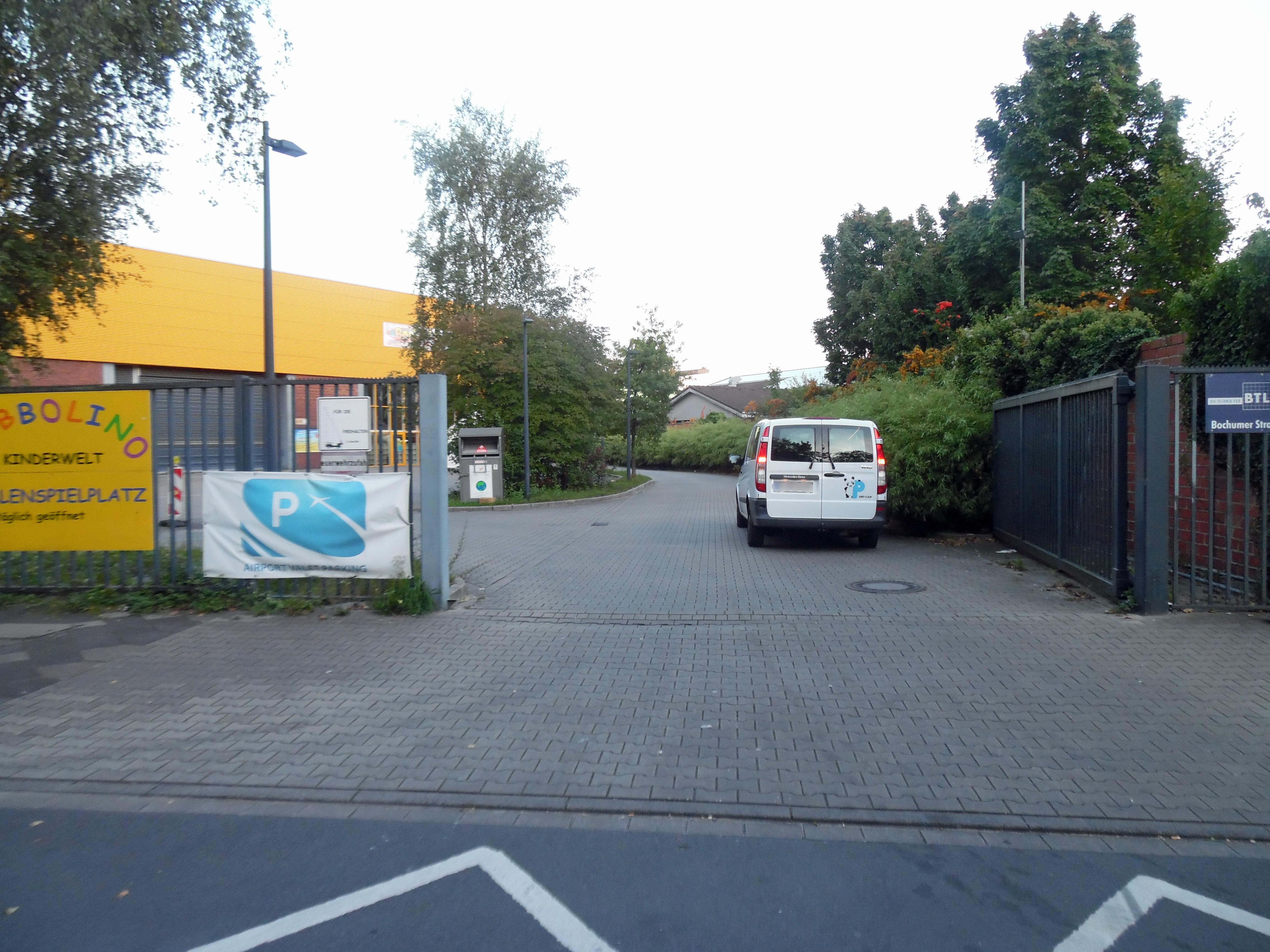 airport valet parking bij d sseldorf via parcompare. Black Bedroom Furniture Sets. Home Design Ideas